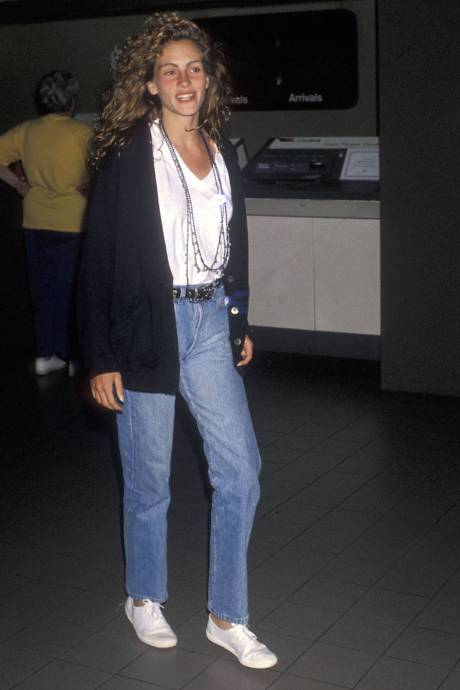 Julia Roberts in LAX